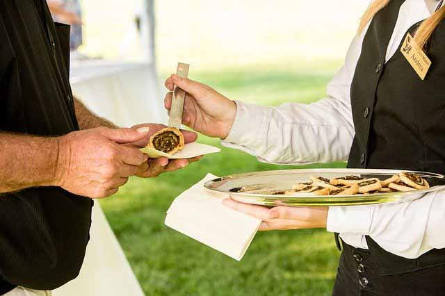 What to Include in a Catering Contract Template